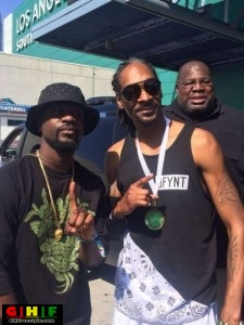 Sarkodie-and-Snoop-Dogg-225x300 PIC